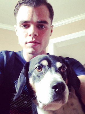 Reid Ewing and his dog (from instagram @reidoing)