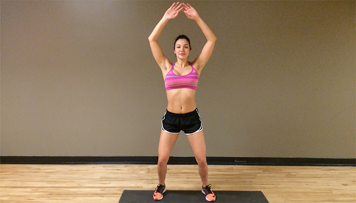 Simple-Body-Weight-Workout-jumping-jack