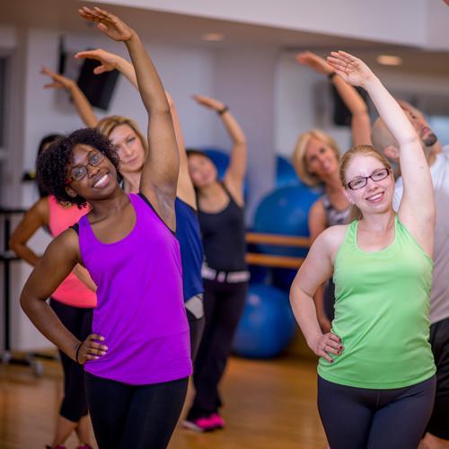 Ways-Hot-Yoga-Makes-You-Stronger-4