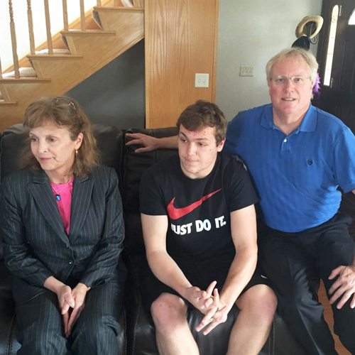 Blake-Flovin-with-his-parents-in-Sunnyvale,-CA