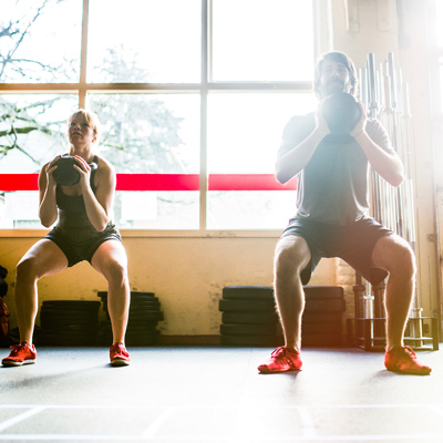 Squatting-Mistakes-That-Could-Injure-You-at-the-Gym-2