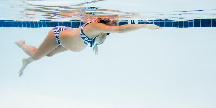 pregnant-woman-swimming-benefits